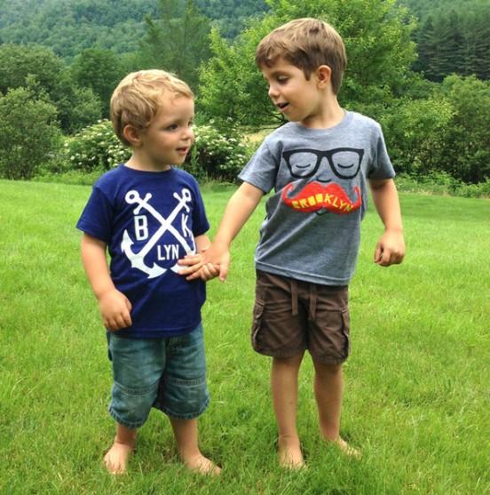 kids-tshirts-mustache-anchor_grande-552x557
