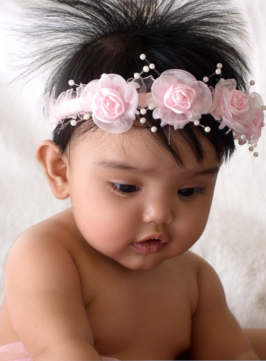 Best Baby Hair Headbands for the First Photo Shoot  96dcb134c70