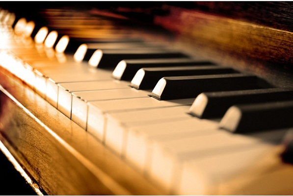 piano-keys-music_shutterstock_97682624