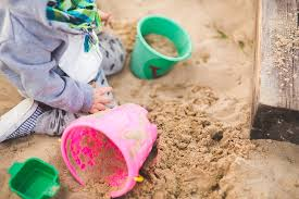 child's sandpit clean