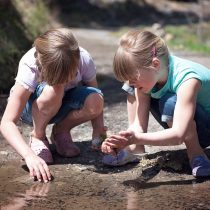 children outdoor learning
