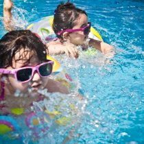 kids_swimming_camp